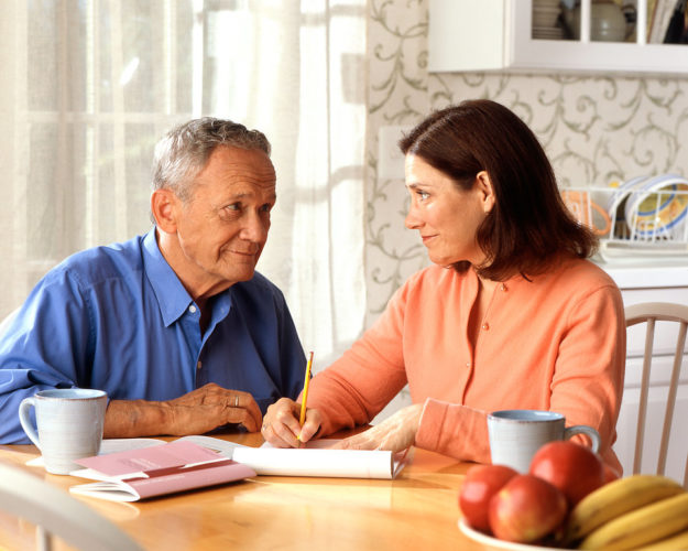 life insurance in spain couples discussing policies